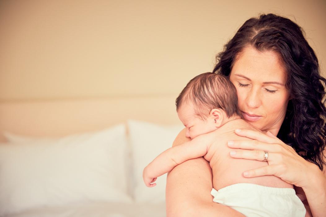 Mamá con bebé.